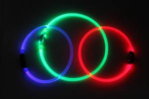 K9 B-Seen Blue Red Green glowing night collar